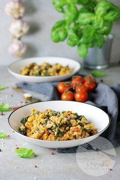 Kaszotto z kurczakiem i suszonymi pomidorami Fried Rice, Fries, Ethnic Recipes, Food, Essen, Meals, Nasi Goreng, Yemek, Stir Fry Rice