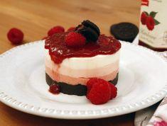 Kekszes málnatorta - sütés nélkül! Recept képpel - Mindmegette.hu - Receptek Tiramisu, Panna Cotta, Bacon, Cheesecake, Make It Yourself, Ethnic Recipes, Desserts, Food, Youtube