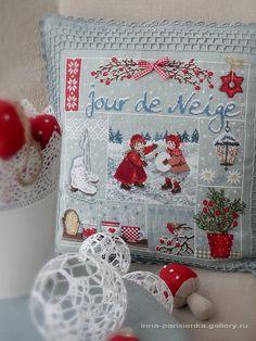 Gallery.ru / Фото #17 - 2013 год - inna-parisienka (look at the crochet work around this cross stitch piece)