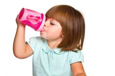Sippy Cups v Straw C