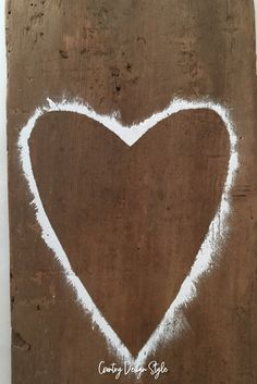 Painted heart outline by Country Design Style ready to fill in with gold. #heart #valentineheart #barnwood