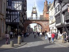 I just love the Tudor architecture along Chester high street Great Places, Places To See, Places Ive Been, Amazing Places, Chester Cheshire, Cheshire England, Walled City, Most Beautiful Cities, England Uk