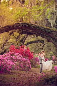 An incredible Southern garden wedding in Charleston by Richard Bell Photography || see more on artfullywed.com