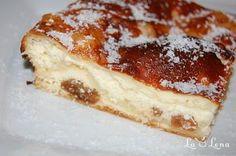 Placinta cu branza de vaci si stafide/Cheese and raisins cake Raisin Cake, Romanian Food, Pastry And Bakery, Dessert Recipes, Desserts, Sweet Bread, Cheesecake, Food And Drink, Favorite Recipes