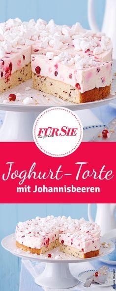 Unser einfaches Rezept für sommerliche Joghurt-Johannisbeer-Torte findet ihr bei uns.