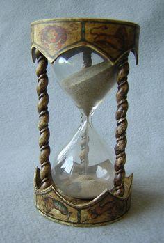 Cool hourglass
