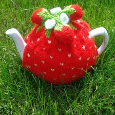 Strawberry Knitted Tea Cosy tea cosy tea by KNITANDPROMISECRAFTS