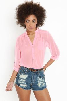 Rock Candy Blouse in pink. Perfect for spring and summer, maybe with a floral bandeau underneath.