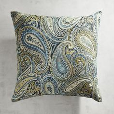 First popularized in shawl form everywhere from India to Iran to Scotland, this curved, feather-shaped design has stood the test of time. Here on our intricately patterned pillow, it lends a global vibe to any sofa, chair or nook.