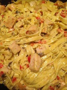 Krämig kycklingpasta Everyday Food, Meal Prep, Brunch, Food And Drink, Yummy Food, Healthy Recipes, Dinner, Cooking, Ethnic Recipes