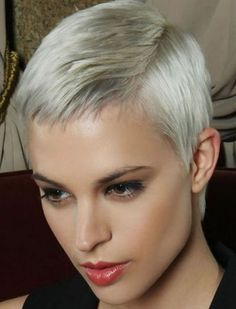 55 Stylish Pixie Hairstyles in