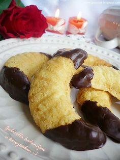 Gabriella kalandjai a konyhában :): Vaníliás kiflicskék csokoládéval Doughnut, French Toast, Muffin, Food And Drink, Cookies, Chocolate, Breakfast, Sweets, Christmas