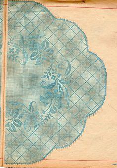 Toalha Redonda de crochet filet branca com hibiscos - com gráfico