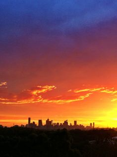 Melbourne sunset, 7:37pm  Take by: @BradWingQuay  15/10/2012