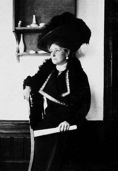 The Empress Alexandra Feodorovna . Alexandra Feodorovna, Russian Literature, The Empress, Imperial Russia, Goth, Pictures, Beautiful, Melancholy, House