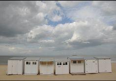 Strandhuisjes aan zee