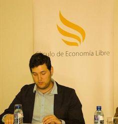 """""""Seguridad Jurídica"""" con el profesor Antonio Sotillo."""