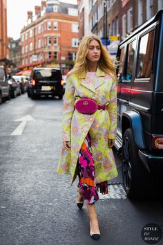 London SS 2018 Street Style: Emili Sindlev