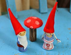 Twig and Toadstool: Gnome Couple A sweet little something I made for the kiddies, (and a great craft for budding sewers and older children to do…if you are not into sewing, a glue gun is totally sufficient to make these as well).