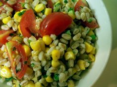 Winter salad that might give me hope that summer will come again...