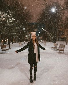winter Looks That Can Be Worn By Anyone – Jenny Ray Winter Outfits For Teen Girls, Winter Mode Outfits, Winter Fashion Outfits, Autumn Winter Fashion, New York Winter Fashion, Snow Fashion, Outfits For The Snow, Winter Snow Outfits, Fashion Fashion