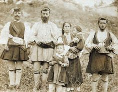 History of Aromanians (Vlachs) in the Balkans and their life with Slavs Old Pictures, Old Photos, Republic Of Macedonia, Greek History, Greek Culture, Ancient Greece, World Cultures, Anthropology, Vintage Photography