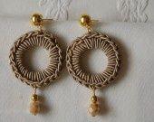 orecchini crochet in filato di viscosa e metallo : Orecchini di madebyeleonora su ALittleMarket