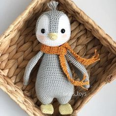 Crochet Penguin, Crochet Baby Toys, Crochet Birds, Crochet Animals, Sock Animals, Crochet Hats, Crochet Dolls Free Patterns, Amigurumi Patterns, Amigurumi Doll