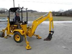 Dig-It Portable Backhoe Quito, Log Trailer, Homemade Trailer, Tractor Accessories, Tractor Loader, Mini Excavator, Cool Gadgets To Buy, Garage Tools, Metal Projects