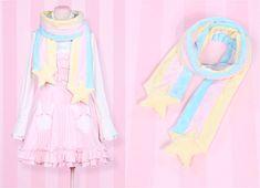 cute shooting star scarf idea!