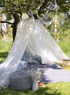 63 Fun Picnic Wedding Ideas In Different Styles | HappyWedd.com