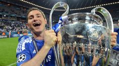 Lampard lifts the Champions League trophy