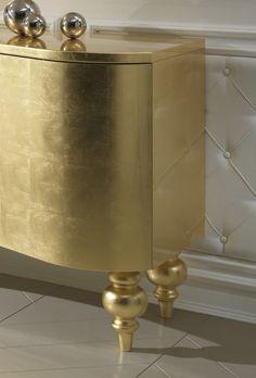 High End Italian Designer Gold Leaf Buffet - Juliettes Interiors Furniture Legs, Table Furniture, Furniture Design, Art Nouveau, Art Deco, Bauhaus, Buffet Console, Interior Decorating, Interior Design