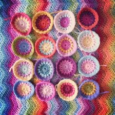 Lavender and Wild Rose: crochet - pretty color combo Crochet Home, Crochet Crafts, Crochet Yarn, Crochet Projects, Crochet Afghans, Baby Blanket Crochet, Star Patterns, Crochet Patterns, Crochet Things