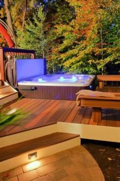Discover relaxing outdoor extensions of the home with the top 80 best hot tub deck ideas. Explore backyard designs made to enjoy year-round. Hot Tub Backyard, Hot Tub Garden, Small Backyard Pools, Backyard Patio, Small Pools, Pool Decks, Garden Pool, Jacuzzi Outdoor, Outdoor Spa