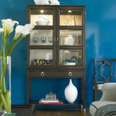 Drexel Heritage Display Cabinet - Baer's Furniture