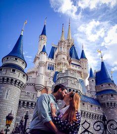 Proposal at Disney World...so cute!