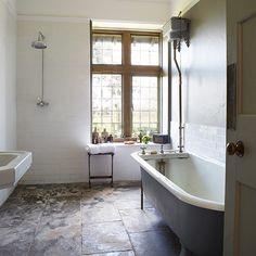 Country wet room | Country bathroom design ideas | Bathroom | www.robertsradio.com Vintage retro shabby chic
