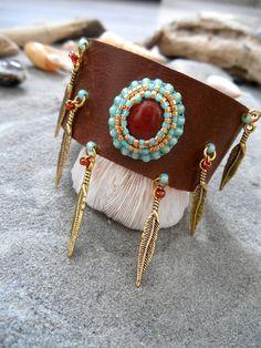 Bracelet inspiration NATIVE AMERICAN Cuir Perles par Minouchkita