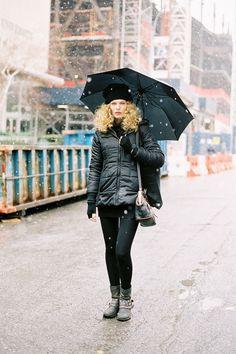 South African model Maritza Veer snows she looks cool #VanessaJackman