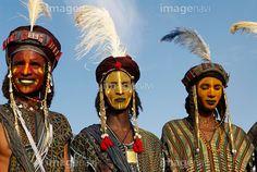 「Wodaabe-Bororo men. Gerewol festival. Niger.」(58068041)の写真素材をダウンロードで買えるストックフォトサイト「imagenavi」(イメージナビ)。Web素材からポスター印刷素材まで幅広いサイズをご用意。