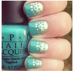 Mint nail polish with gold design ♥ It!