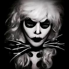 Jackie Skellington !! I love this so much ! Yesterdays feature @thehorrorgallery ★
