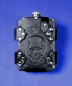 Embossed Skull Cameo Leather Flask Belt Holder by Nyghtcraft