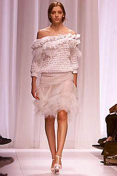 Balenciaga Spring 2001 Ready-to-Wear Collection - Vogue Balenciaga Spring, Bubble Skirt, Fashion Show, Fashion Design, Lace Skirt, Ready To Wear, Creations, Ballet Skirt, Spring Summer