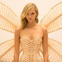 That CORSET. Those WINGS. Can we watch Karlie Kloss in the #VSFashionShow already? ;)