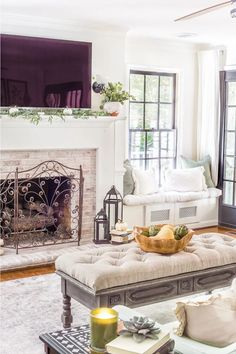 Money-saving decorating tips for adding coziness and texture to a space for fall decor without having to shop for it. Bedroom Sets, Room Decor Bedroom, Farmhouse Side Table, Tiny House Design, Room Themes, Home Look, Decorating On A Budget, Living Room Designs, Diy Home Decor