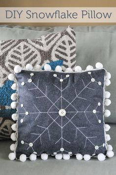 How to make a Winter Snowflake Pillow (See hooked cushion in the background)