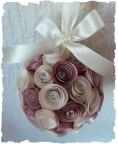Paper wedding bouquets- for the rehearsal? Paper Flower Ball, Paper Flower Decor, Paper Flowers, Diy Arts And Crafts, Paper Crafts, Diy Crafts, Topiary Centerpieces, Centrepieces, Alternative Bouquet