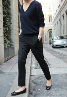 Fashion week paris minimal chic new Ideas Fashion Mode, Fashion Week, Work Fashion, Trendy Fashion, Fashion Outfits, Paris Fashion, Fashion Black, Tomboy Fashion, Office Fashion
